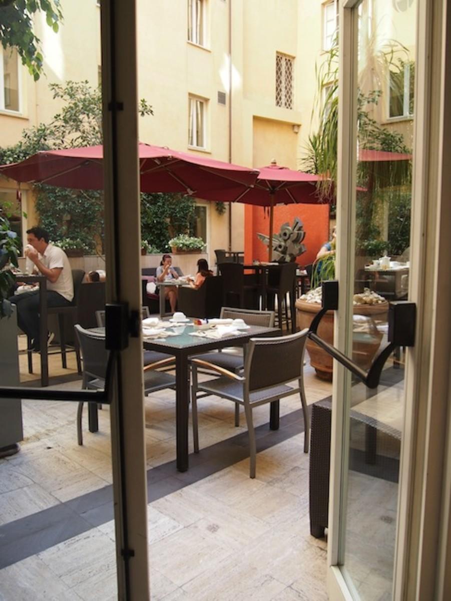 hotel 47 rome lobby