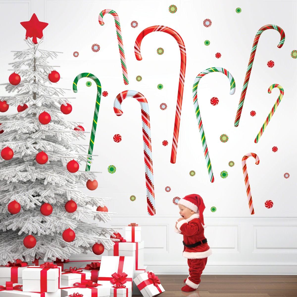 Holiday decor ideas momtrendsmomtrends for Christmas mural