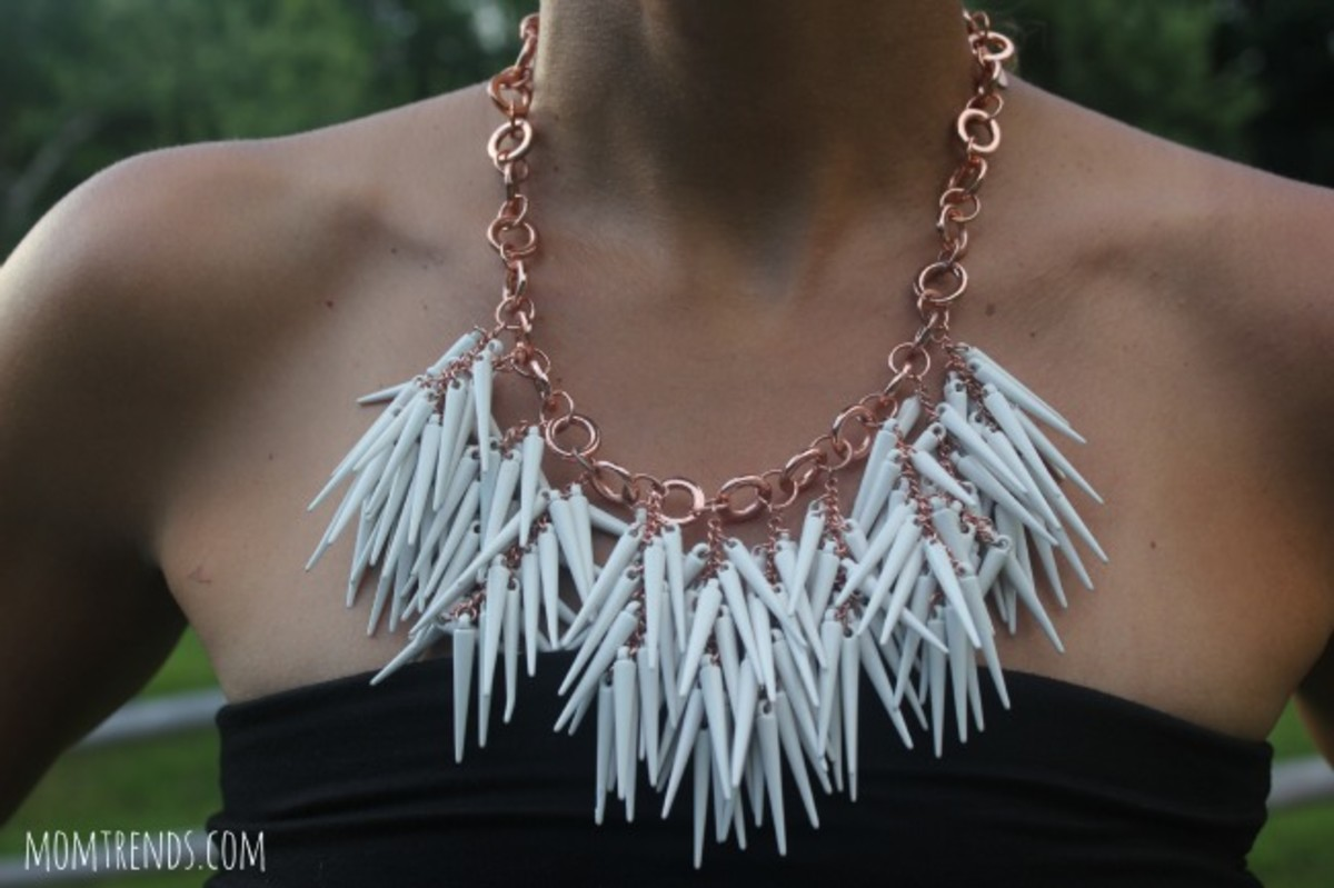 statement necklace,