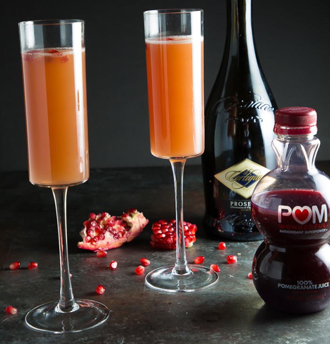 Pomegranate Mimosa Ingredients #mimosa #fallcocktails