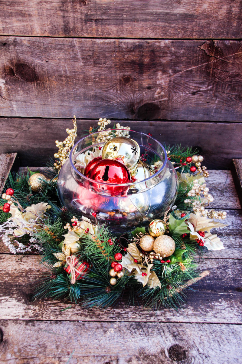 jingle bell centerpiece