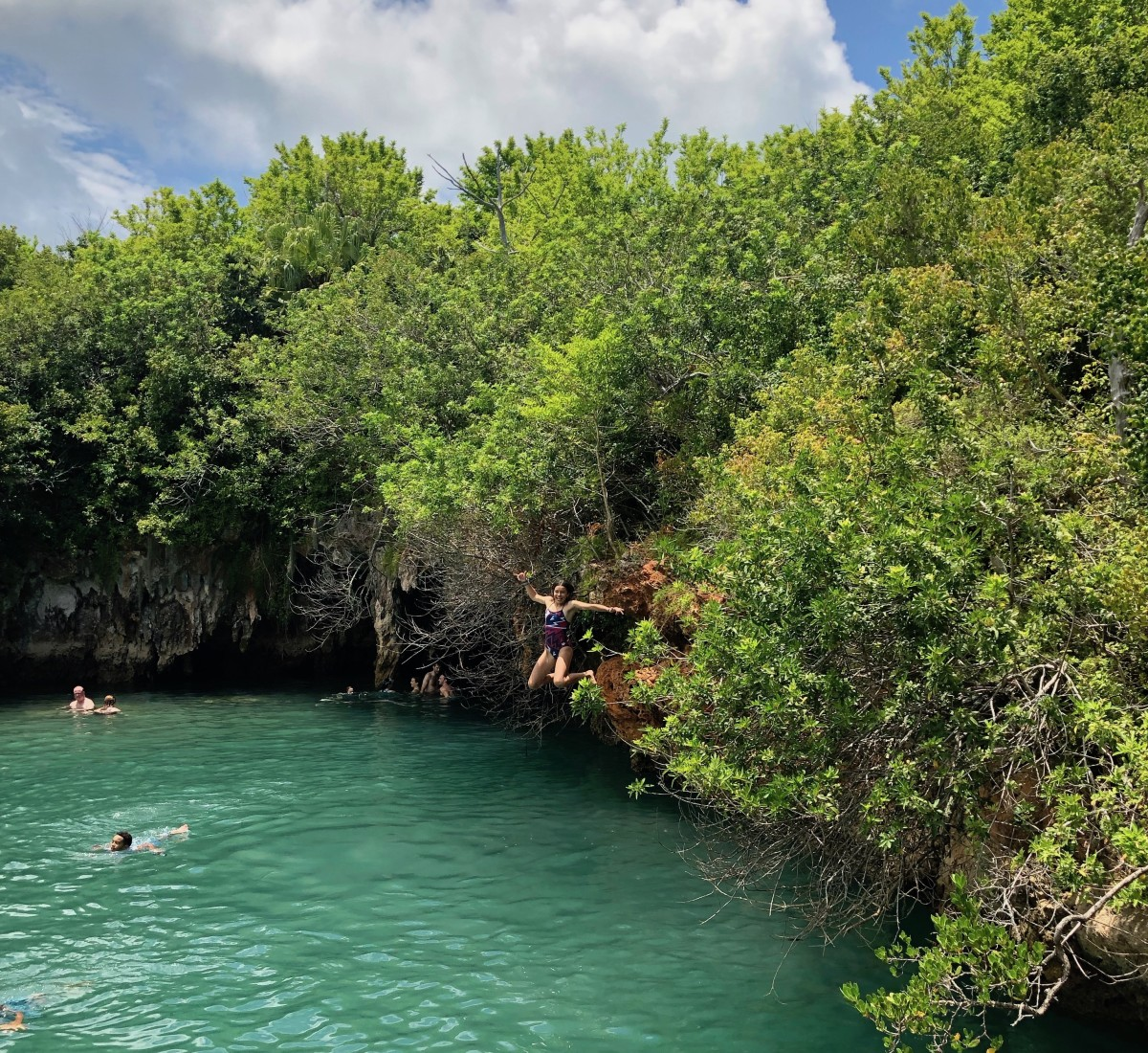 7 Family Fun Activities in Bermuda Blue Hole