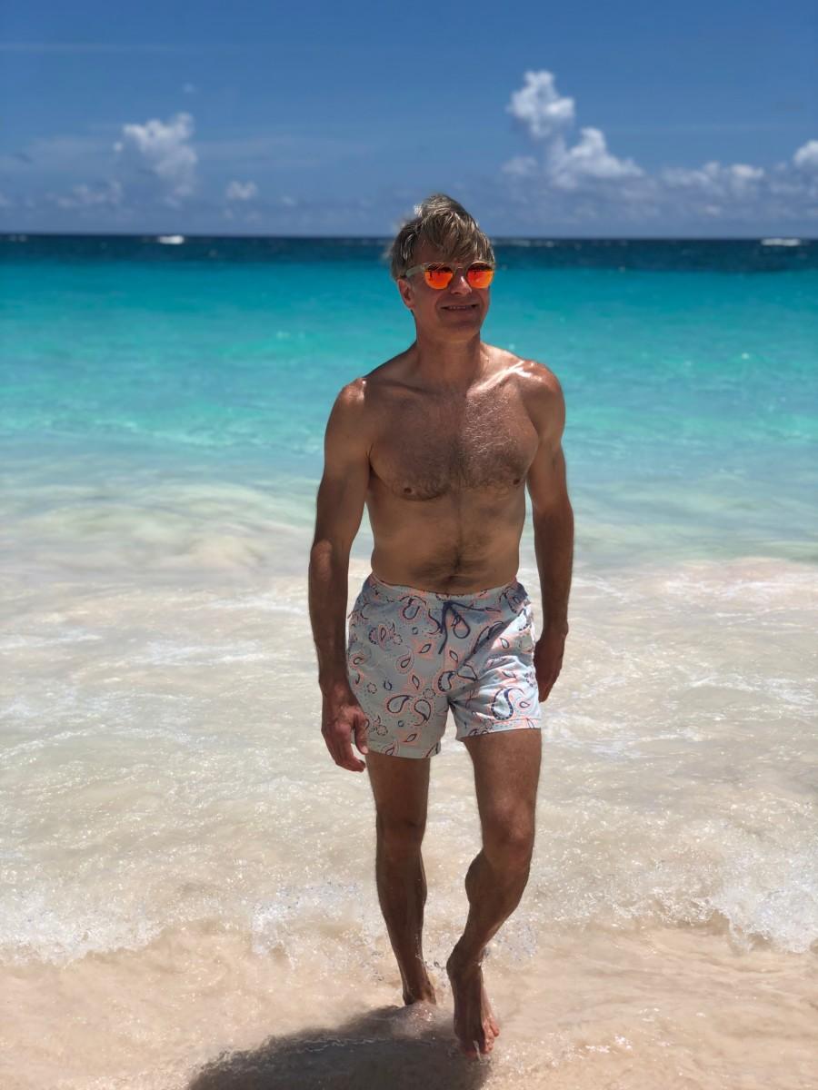 Great Swim Shorts for Slim Guys