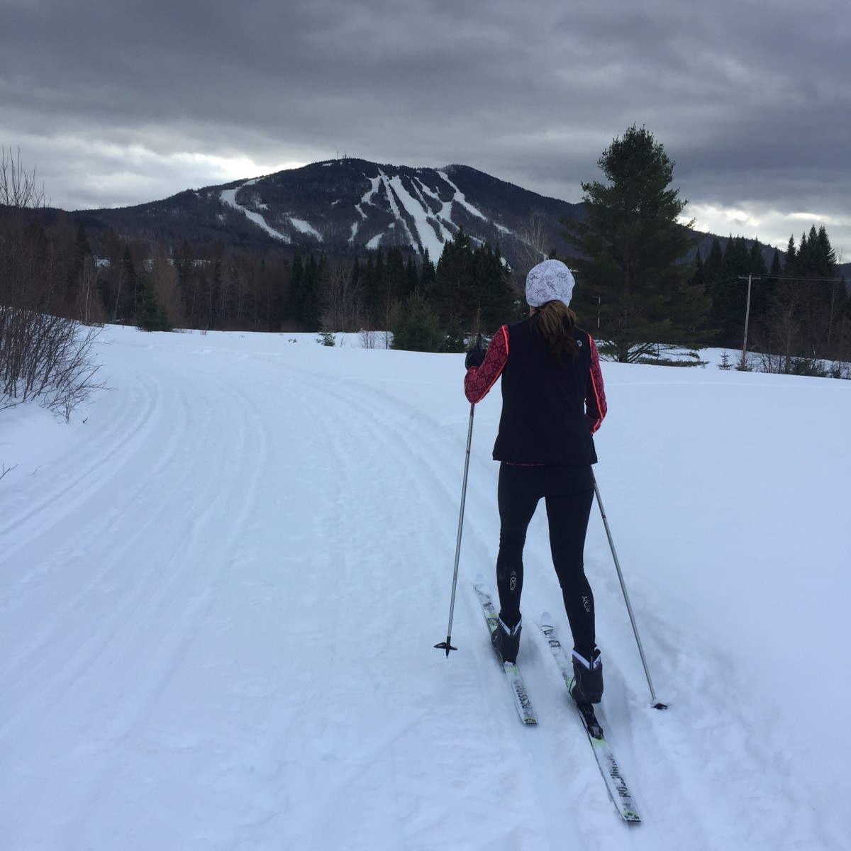 Cross-Country Skiing in the Mountains of Vermont