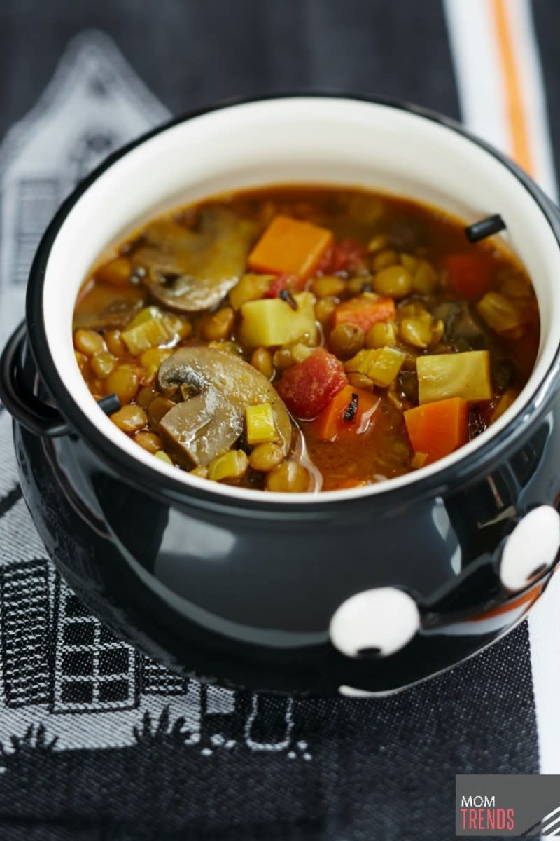 https://www.momtrends.com/food/fall-slow-cooker-recipes-from-giada-de-laurentiis