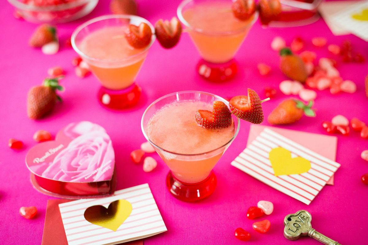 Strawberry Lemonade Cosmo 2