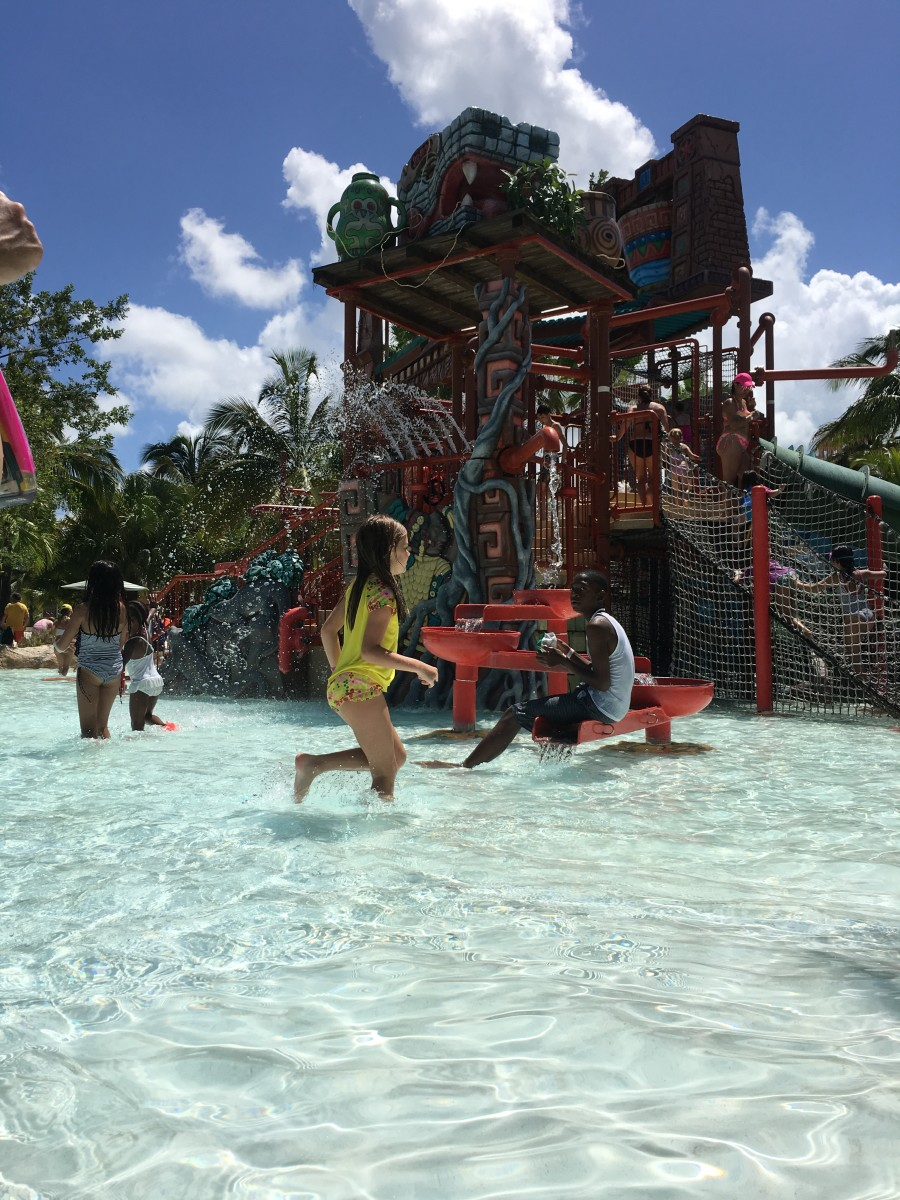 Active Family Vacations: Atlantis Review