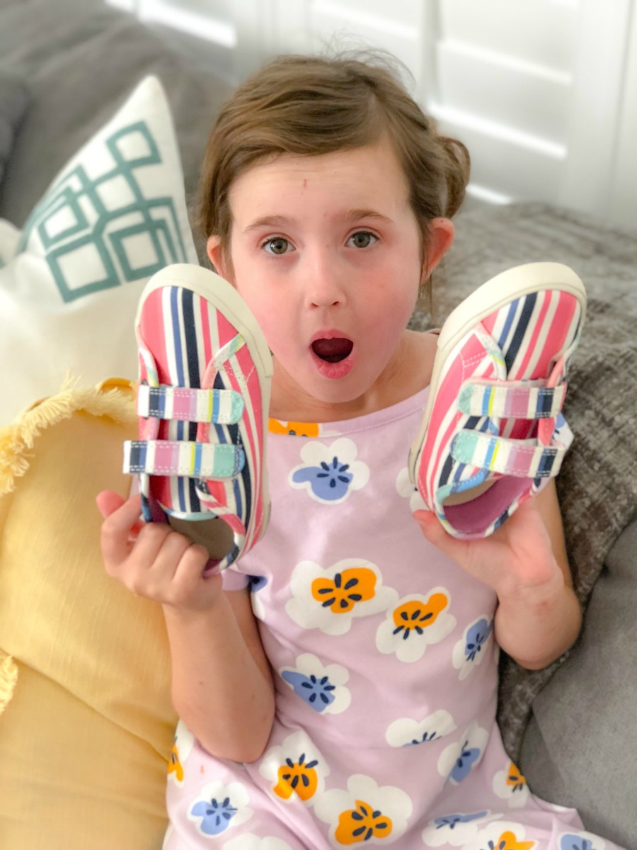 little girl with stitch fix shoes