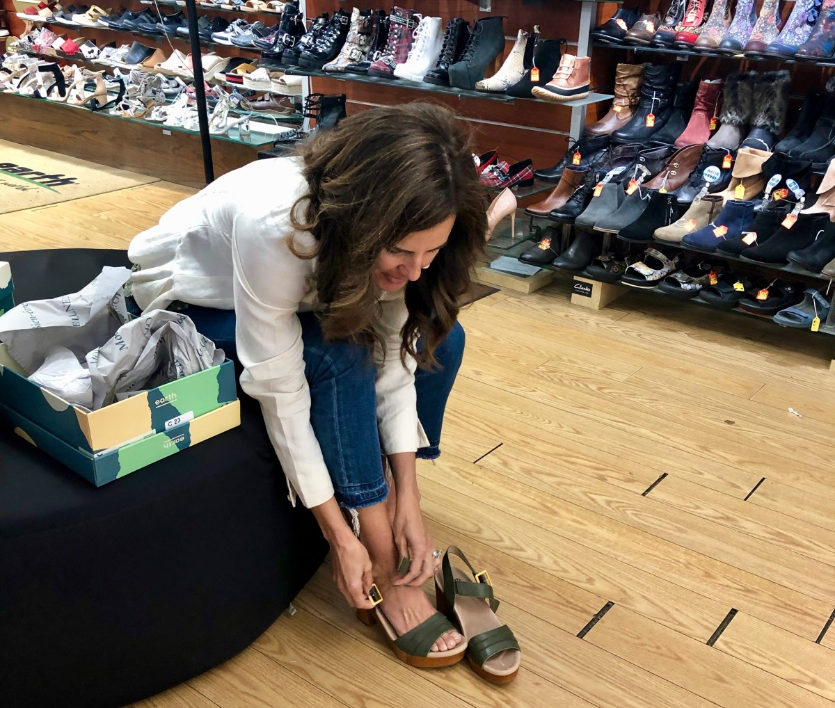 Shopping NYC Earth Shoes at Shoe Parlor