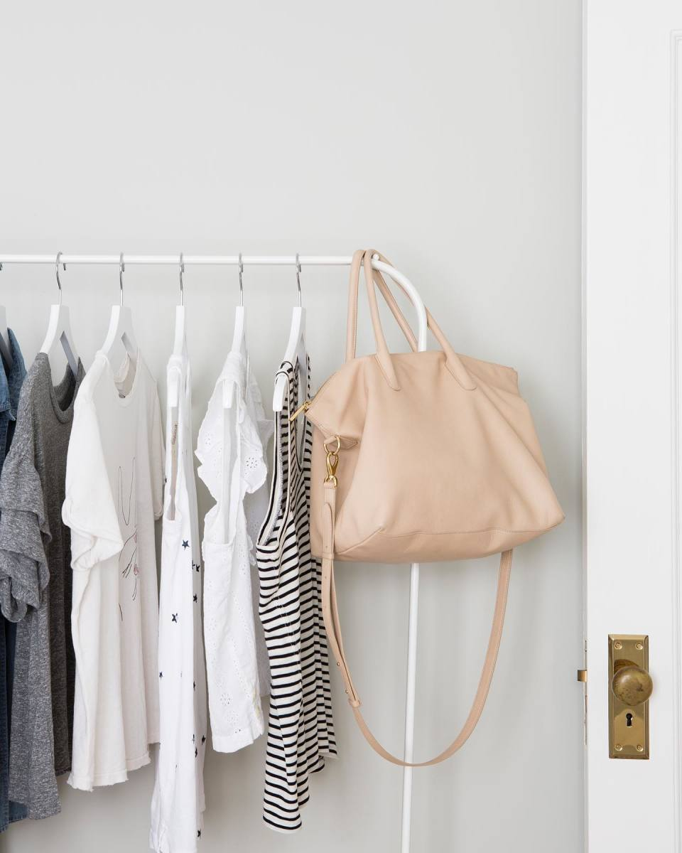 How to Set Up A Stylish Organized Closet