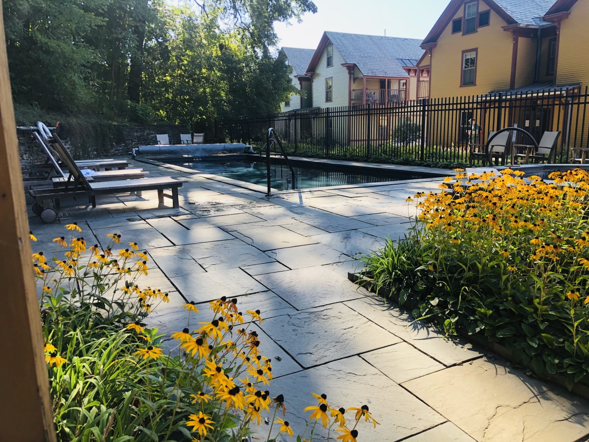 Why the Porches Historic Hotel Is Perfect for Your Family Trip