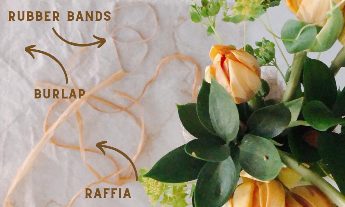DIY Easy Burlap Flower Bouquet