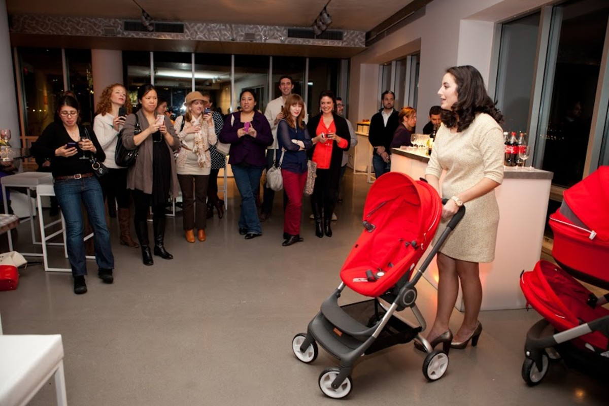 Momtrends Celebrates the Launch of STOKKE's New Strollers