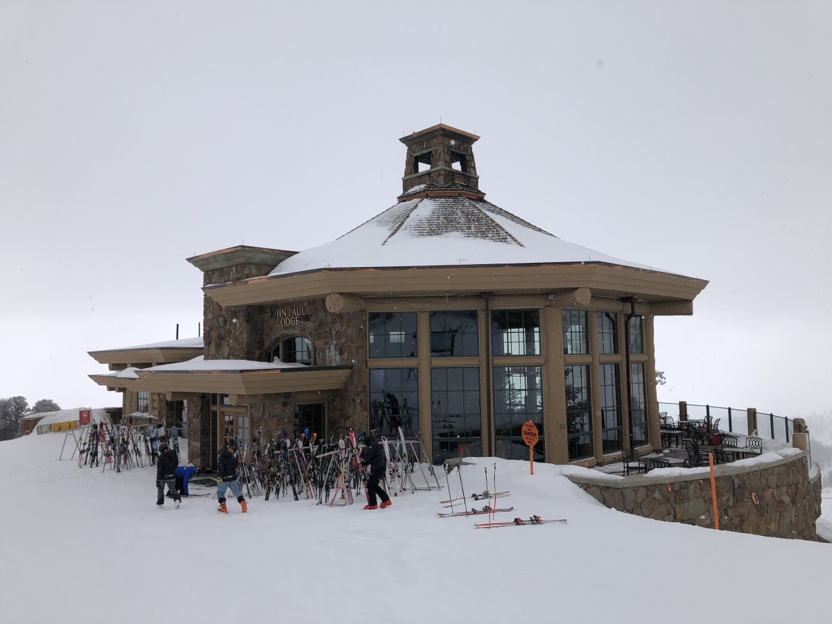 Plan the Perfect Family Ski Trip to Snowbasin, Utah