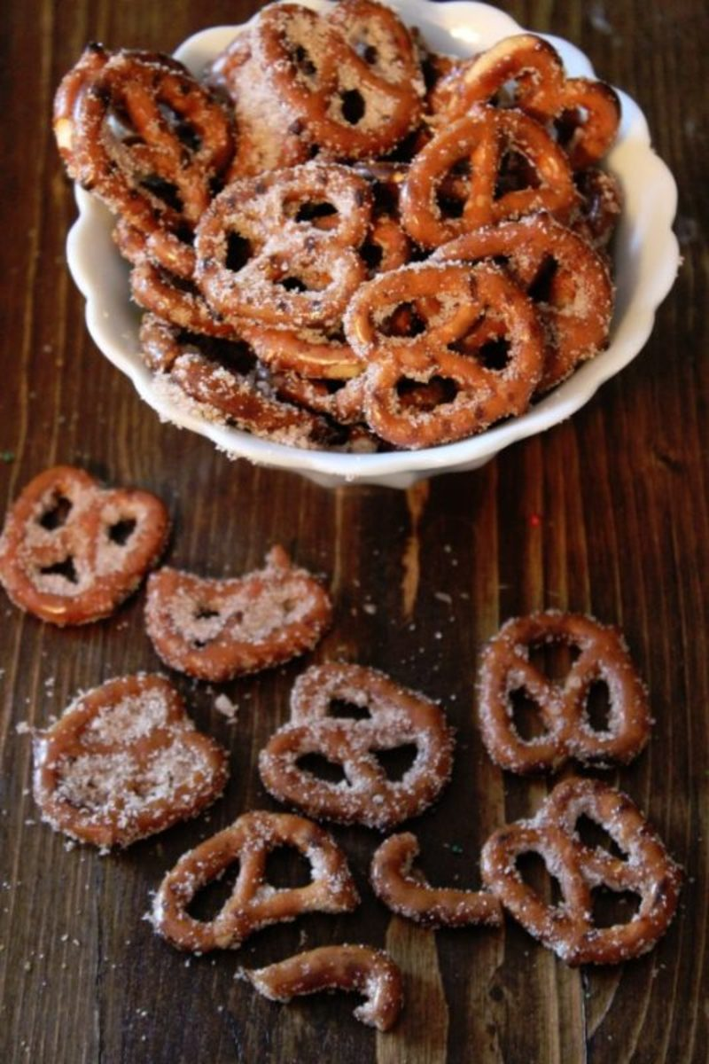 Cinnamon-Sugar-Pretzels-Recipe-533x800