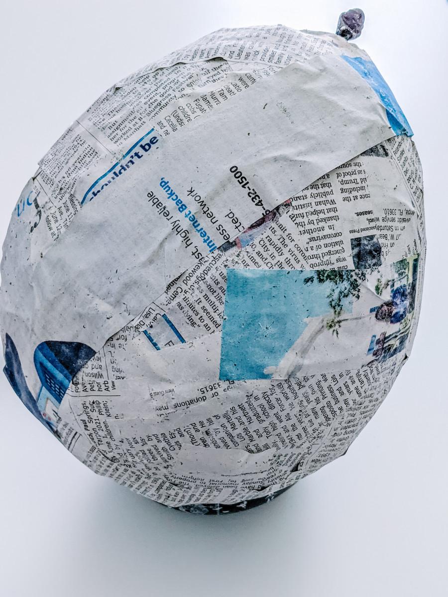 Create a Paper Mache Dinosaur Egg